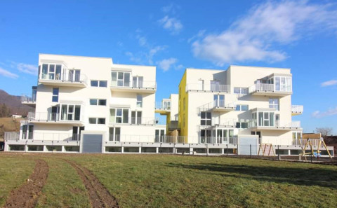 000-housing vransko1